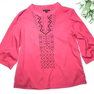 BANANA REPUBLIC | sz L hot pink embroidered blouse